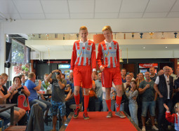 Shirtsponsor VV de Zouaven